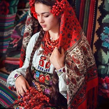 Унікальні вишиванки України  схеми для краси і захисту 990e49ae574df